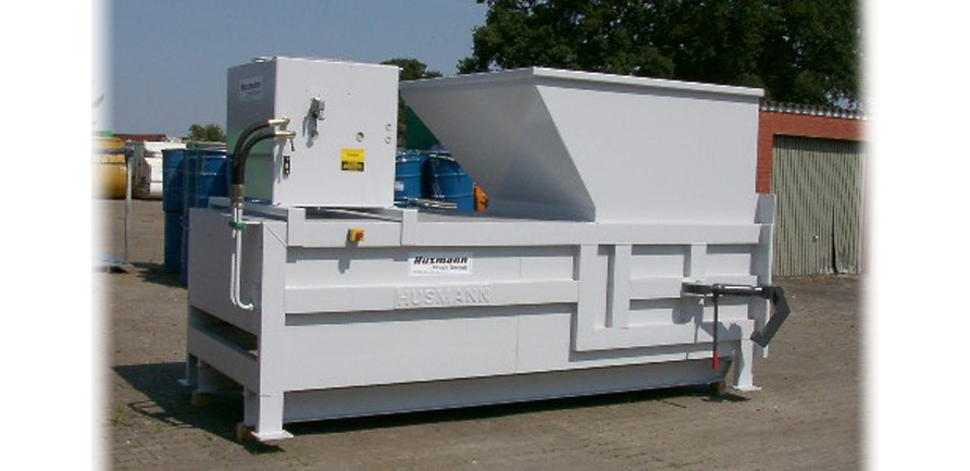compacteur-MP1300-poste-fixe-verin-central